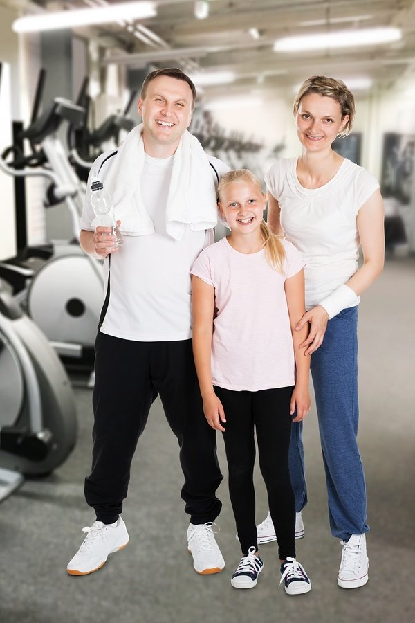 Happy-Family-At-Gym.jpg