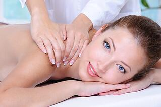 Woman-Relaxing-In-The-Beauty-Salon.jpg