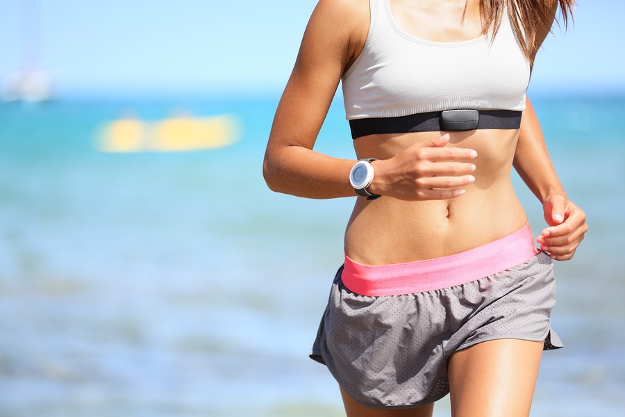 runner-woman-with-heart-rate-monitor.jpg